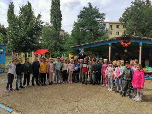 в детском саду 166